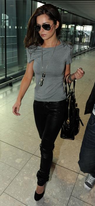 Cheryl Cole spottet i Heathrow lufthavn