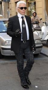 Karl Lagerfeld til Fendi-modeshow i Milano
