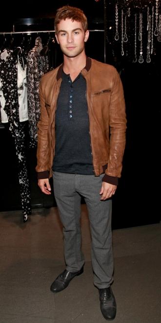 Chace Crawford shopper i Dolce & Gabbana